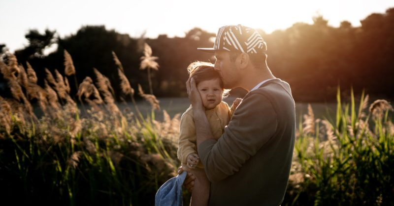 Father with a kissing child - to immune system boosting